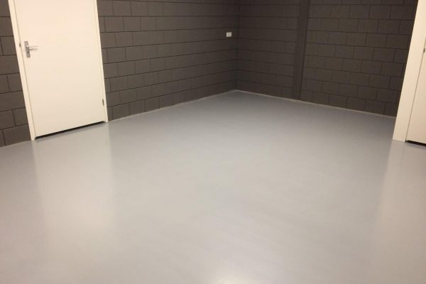 Geschikte vloer voor een bedrijfshal